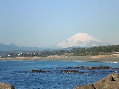 画像:富士山も春めいています。